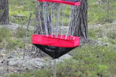 Frisbeegolf luonnossa